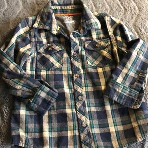 Boys fall thick button down